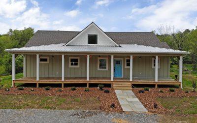 PRE-SALE: Modern Farmhouse – Lot 2 Ivy Log Park